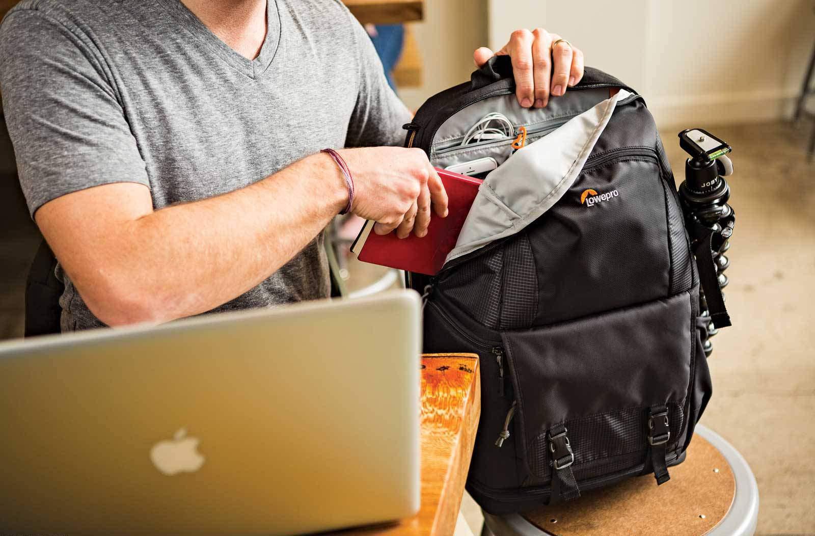 Lowepro Fastpack BP250 personal