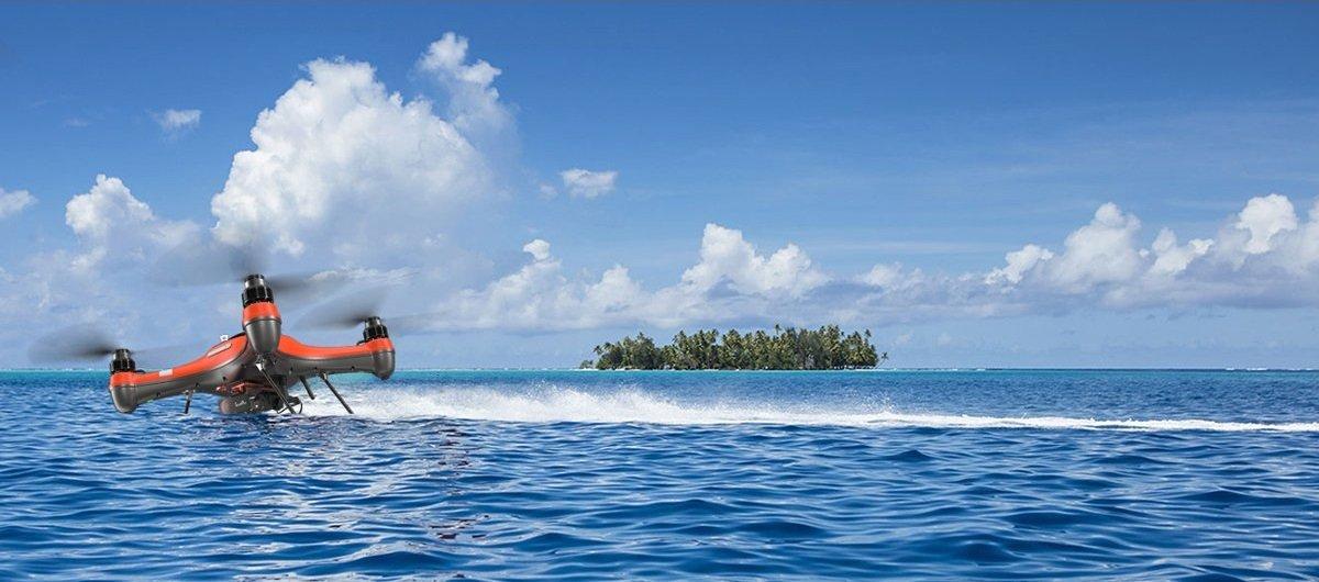 SwellPro SplashDrone 3+ Filming in the sea