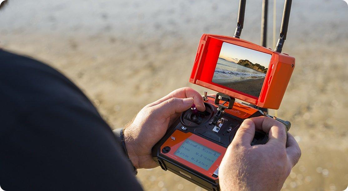 SwellPro Fisherman 1.6 km casting range
